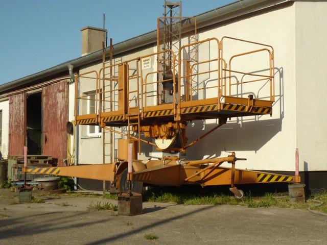 GDR VEB work platform lift lifting platform lift elevator FH 1600/1