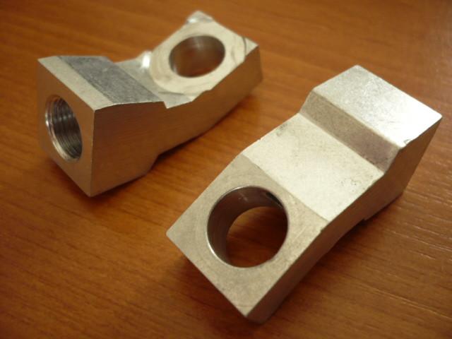 1x fitting brake cylinders (connection between brake pipe & wheel cylinders) for Takraf Forklift Model VTA DFG 1002 N, 2002, 3002, 3202/N-A etc.