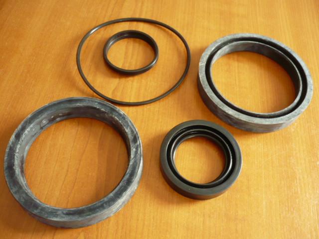 seal kit swing cylinder for Takraf Forklifts Type DFG 3002 / DFG 3002/1