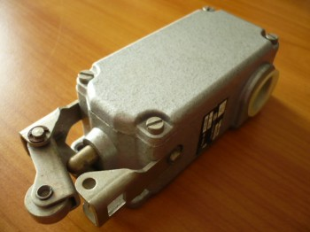 EAW limit switch contact system contact 6720.006 VEB DDR