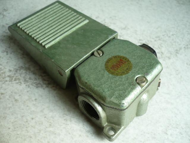Bernstein Samasa limit switch roller lever Robotron VEB DDR GWU 1F