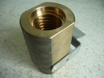 safety nut for SAT 25 and TECA 2500 lifting platform