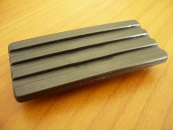 sliding pad for ISTOBAL 42712-00 / 04, 42713-00 / 04, 42714-00 / 04 or Blitz Sprint Lift