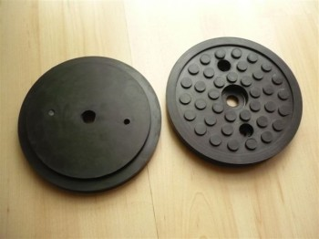 lift pad, rubber plate for Stenhoj or autop lift Type Mascot 099261 1.32 CF (123mm x 16mm, three holes for screws)