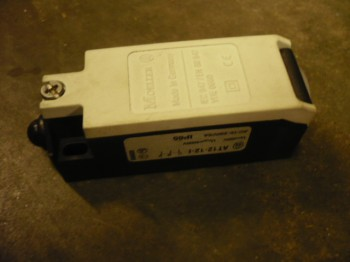 limit switch, safety switch for FOG 933 669330813 / SUN lifting platform