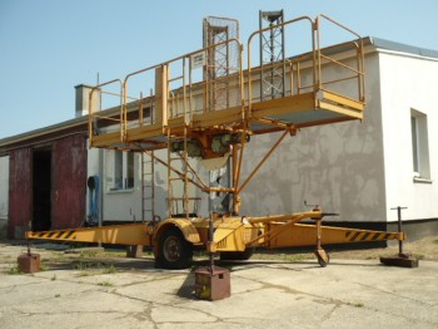 VEB 18m work platform FH1600/1 lift