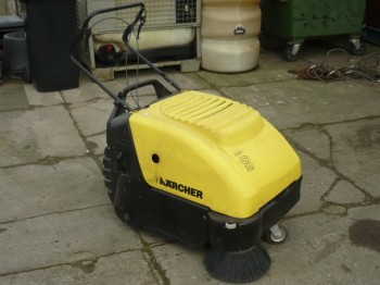 Karcher Sweepers KSM 750 B sweeper with traction drive