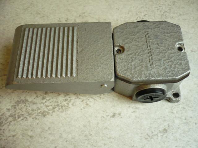 Bernstein Samasa Limit switch Roller lever Robotron VEB DDR GWÜ 1F