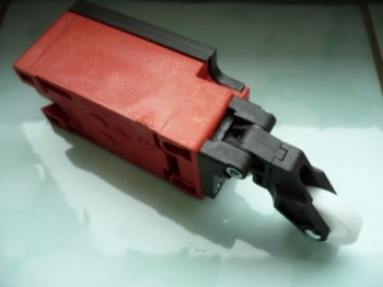 limit switch, safety switch, position switch for Romeico H224 / FOG 449 lift (for drive side or opposite side)