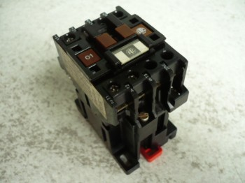Telemecanique contactor, air contactor, relay for Hofmann Duolift Type BT 2500 / GE 2500 / GT 2500
