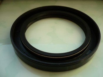 Shaft seal Simmerring for brake drum Takraf Gabelstapler DFG 3202 2002 3002