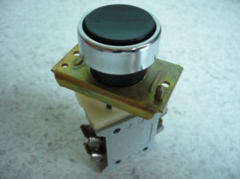 thrust button or controller for controllbox VEB DDR lifting platform Lengenfeld FH 1600/1