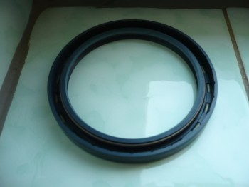 Shaft seal Simmerring for brake drum Hub Takraf Gabelstapler DFG 6302