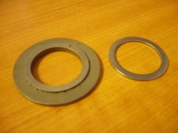 Washers + support disk between head bearing and radial bearing for Nussbaum lift Type SL SLE  ATL (upper spindle bearing)