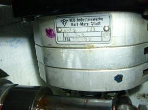Hydraulic pump for 1 tons to 2 tons VEB Takraf Scissor lift Lunzenau /VEB Industriewerke Karl Marx Stadt TGL10852