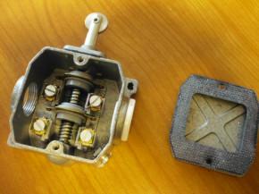 Limit switch contact limit switches Bernstein Robotron GWE 2 R VEB DDR
