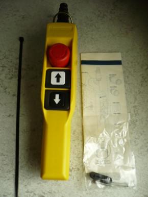 Telemecanique XAC A2113 pendant control wheel bottle hand control crane control