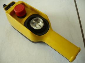 Telemecanique XAC-D22A0105 pushbutton pendant control box manual control crane control