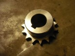 sprocket wheel for Intertech lifting platform Type 251 / 301 (1/2 Inch sprocket below, with keyway)